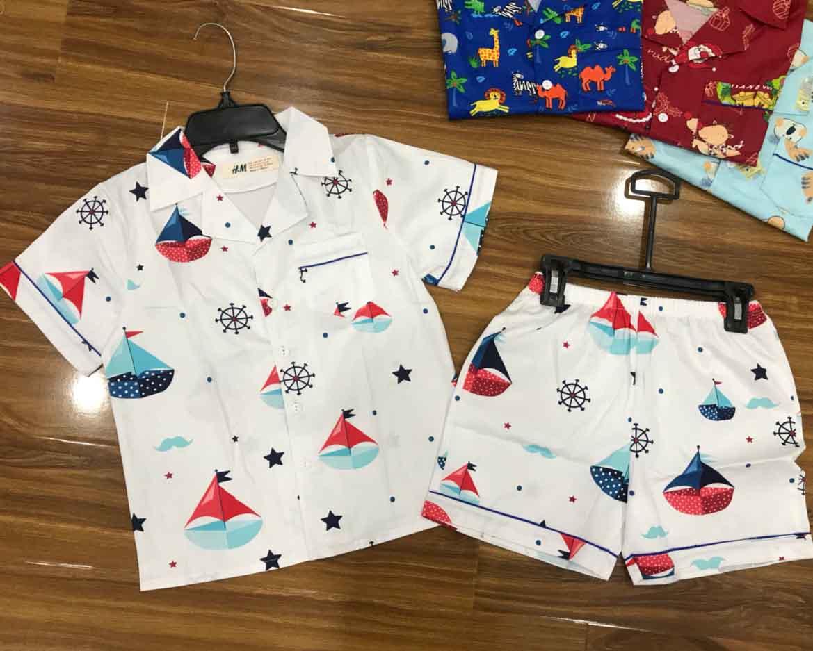 Vải cotton thoáng mát thường đực dùng để may các loại quần áo dành cho trẻ em