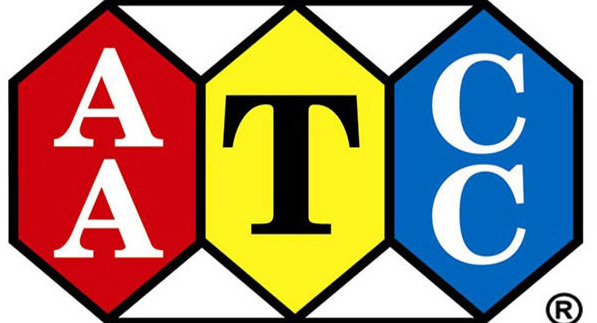 Logo tiêu chuẩn của hiệp hội khoa học & màu sắc của các nhà dệt may Hoa Kỳ (AATCC)