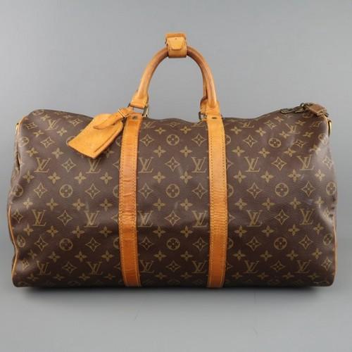 Mẫu túi xách của Louis Vuitton được làm bằng vải Cotton Canvas