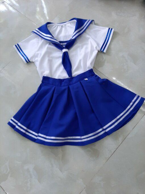 Mẫu đồng phục học sinh mần non dành cho bé gái đã được xuất xưởng tại DOSI