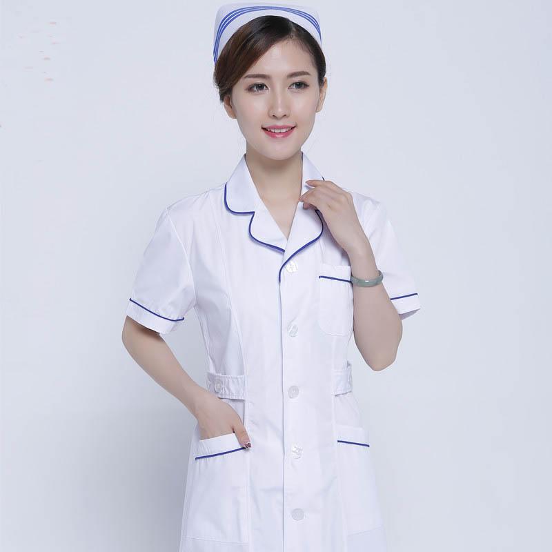 Mẫu đồng phục điều dưỡng của một cơ sơ y tế tư nhân