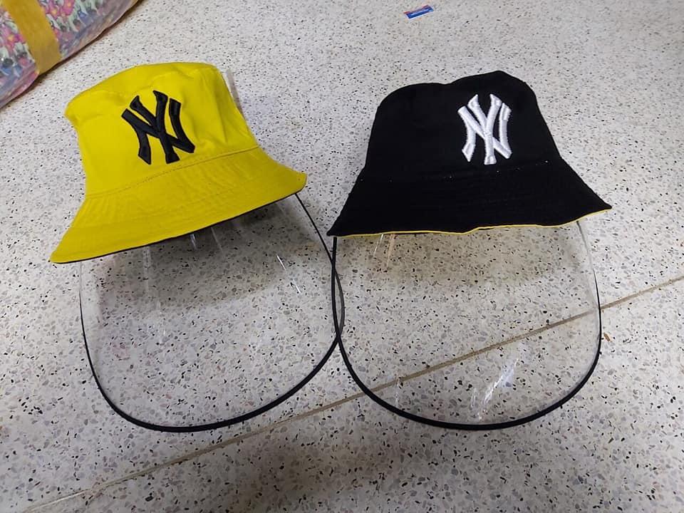 Nón tai bèo NY màu đen & màu vàng loại nón có màng che chống giọt bắn dành cho người lớn.