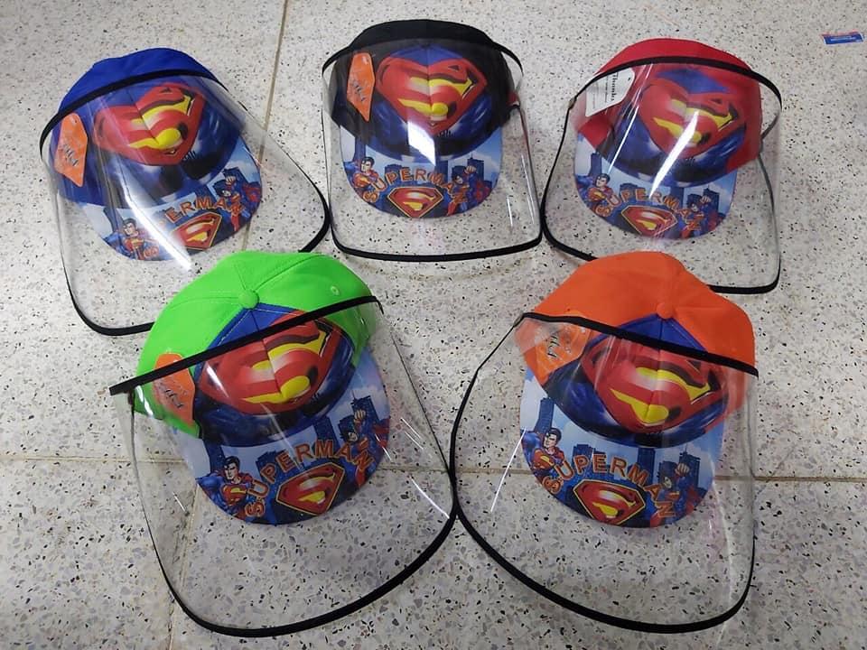 Mũ chống dịch cho bé trai chủ để superman