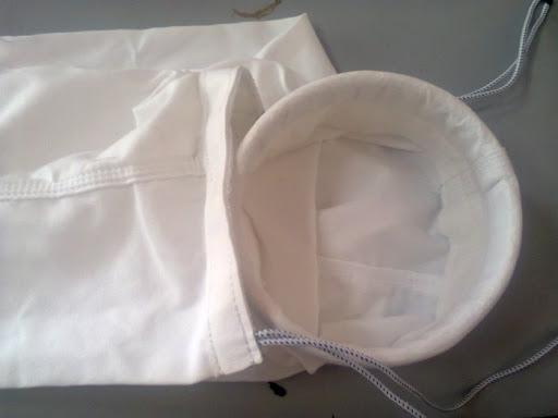 Vải được sử dụng để may túi lọc bụi của máy hút bụi có hiệu quả lên tới 86% so với khẩu trang phẫu thuật bác sỹ. Tuy nhiên vải của túi lọc hút bụi sẽ khá khó thở