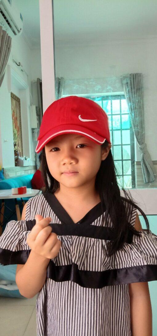 Nón Kết Có Thêu Logo Vành Nhựa Chống Dịch Dành Cho Trẻ Em Màu Đỏ 3
