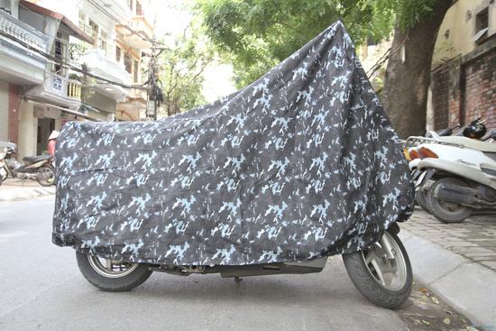 Có áo mưa trùm xe giúp xe bạn chống lại ánh nắng trực tiếp từ mặt trời