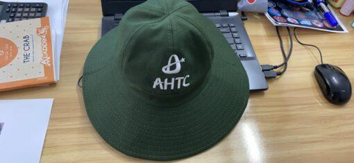 Nón Tai Bèo Thêu Logo - Mẫu Nón Tai Bèo Vành Rộng Có Dây Đeo Ở Cổ Thêu Logo AHTC Theo Yêu Cầu. 3