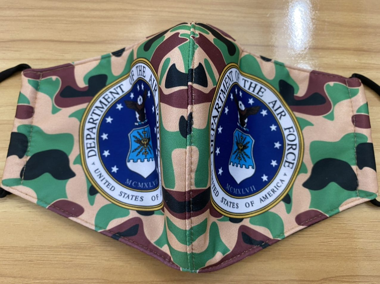Khẩu Trang Vải In Logo Không Quân Mỹ 2 Lớp - Mẫu Khẩu Trang In 3D Logo  Của Lực Lượng Không Quân Mỹ  Nền Camo 7