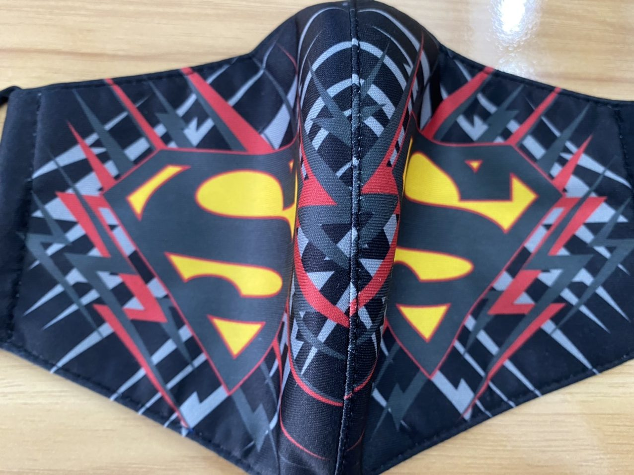 Khẩu Trang Vải In Logo SuperMan 2 Lớp - Mẫu Khẩu Trang In 3D Logo Super Man Nền Xanh 7